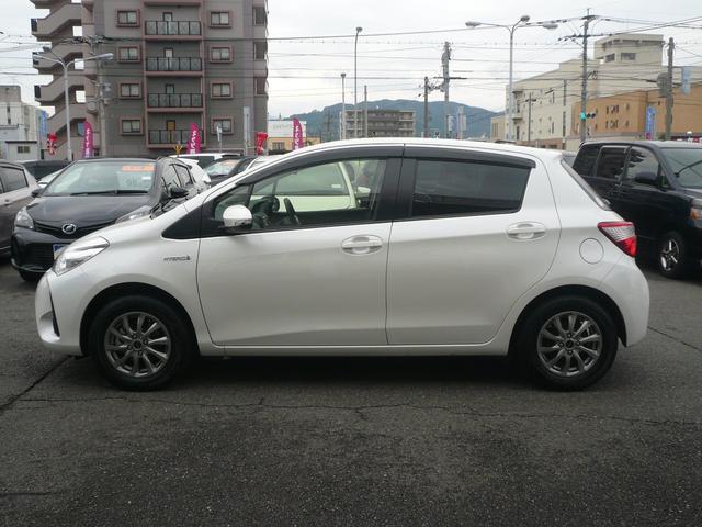 トヨタ ヴィッツ ハイブリッドF 当社社有車 新車保障継承