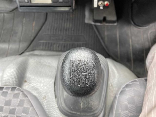 冷凍冷蔵庫・5MT(クラッチフリー スムーサーE)・-5℃まで冷凍・パワーゲート付き(600kg)・バックカメラ・パワーウィンドウ(35枚目)