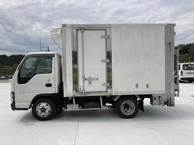 冷凍冷蔵庫・5MT(クラッチフリー スムーサーE)・-5℃まで冷凍・パワーゲート付き(600kg)・バックカメラ・パワーウィンドウ(52枚目)