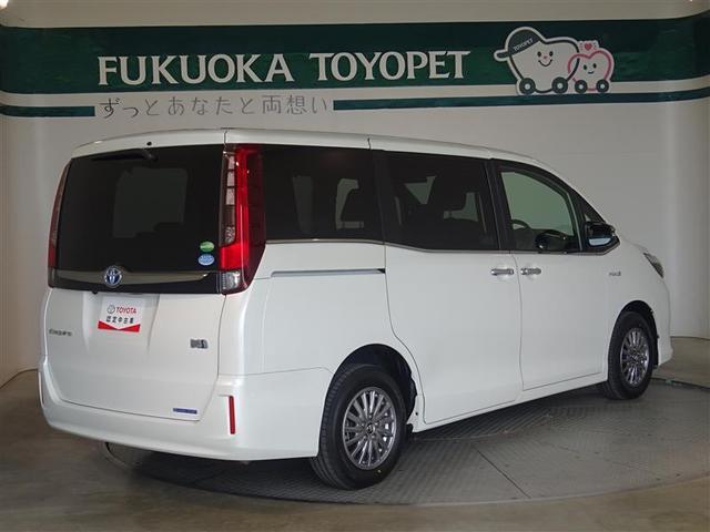 「トヨタ」「エスクァイア」「ミニバン・ワンボックス」「福岡県」の中古車3