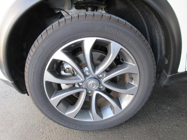 軽の届出済未使用車、5,000km未満走行のチョイ乗り車、走行3万km以下の優良中古車が揃ってます。新車も国産メーカーならどんどん売ってます。実は非常に安いんです。