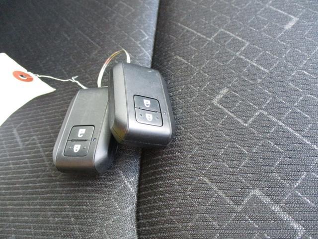 ハイブリッドFZ リミテッド 後退時衝突被害軽減ブレーキ 車線逸脱警報 誤発進抑制 LEDヘッドライト ハイビームアシスト(13枚目)