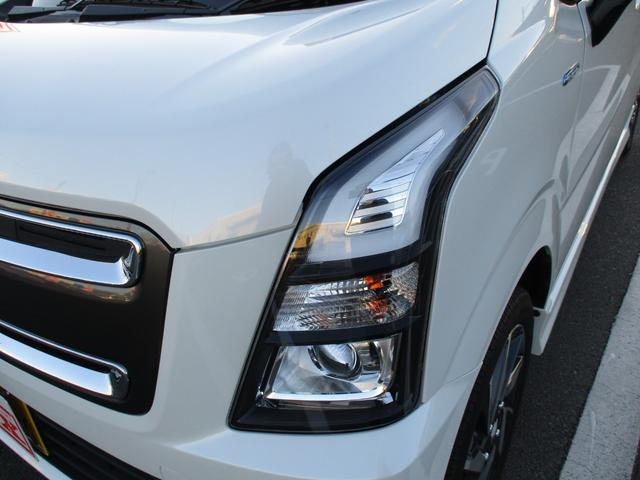 ハイブリッドX リミテッド 衝突被害軽減ブレーキ 誤発進抑制機能 車線逸脱警報 オートハイビーム LED シートヒーター アルミ(3枚目)