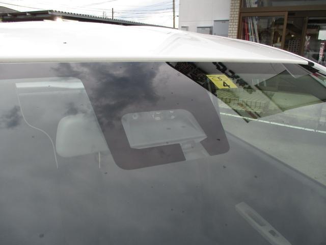 L スズキセーフティサポート装着車 前後衝突被害軽減ブレーキ 障害物センサー 車線逸脱警報 シートヒーター キーレスエントリー 禁煙車 10980km 純正CDオーディオ(2枚目)