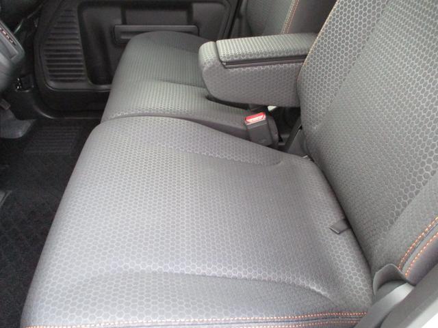 ハイブリッドXZ 禁煙車 LEDヘッドライト ハイビームアシスト 両側電動スライドドア アダプティブクルーズコントロール シートヒーター 前後衝突被害軽減 障害物センサー 2616km ルーフレール 車線逸脱警報(44枚目)