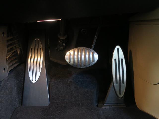 MINI MINI クーパーS ベージュレザー 1オーナ ディーラー整備記録8枚