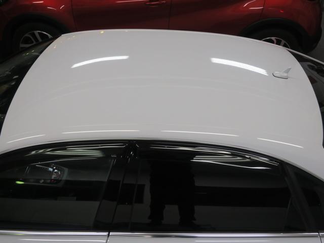 現車確認の際見落としがちなルーフ面の塗装の状態も美しく保たれております。まずはお気軽にご来店頂き、上質な車輛をご確認ください。ぜひご来店頂き、内外装の状態の良さご覧ください。低走行車多数在庫あります