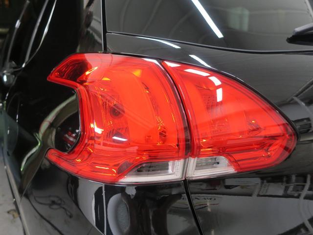 「プジョー」「プジョー 2008」「SUV・クロカン」「福岡県」の中古車24