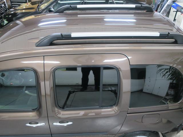 現車確認の際見落としがちなルーフ面の塗装の状態も美しく保たれております。まずはお気軽にご来店頂き、上質な車輛をご確認ください。ぜひご来店頂き、内外装の状態の良さご覧ください。低走行車多数在庫あります。