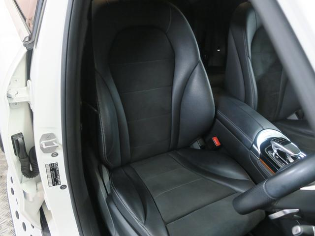 GLC250 4マチックスポーツ レーダーセーフティ ヘッドアップディスプレイ 360度カメラ 純正ハーフレザースポーツシート パワーシート シートヒーtター 純正サイドステップ 純正AMG19インチアルミ 純正AMGスポイラー(15枚目)