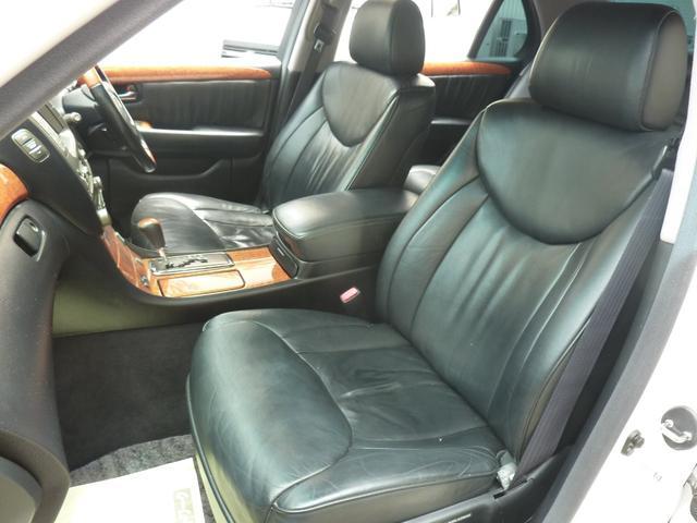 トヨタ セルシオ A仕様 eRバージョン サンルーフ本革マルチ6連CDキセノン