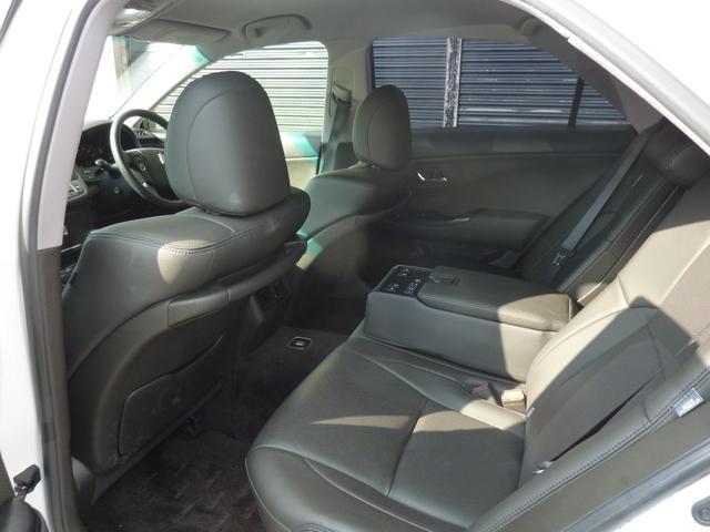 トヨタ クラウン 3.5アスリート本革HDDナビ地デジダウンサス新品19AW