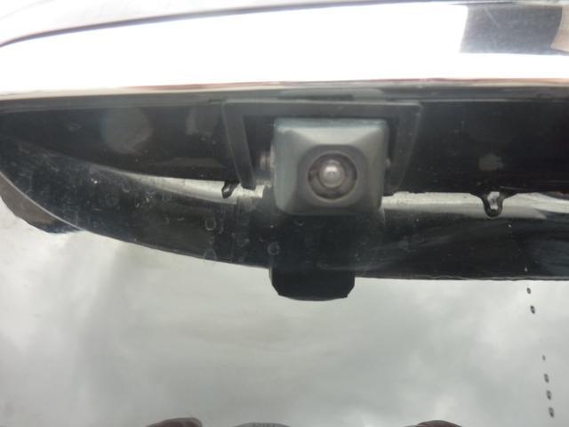 大人気バックモニター付きです♪バック時の安全確認もでき非常に便利です♪車庫入れなどに重宝します♪