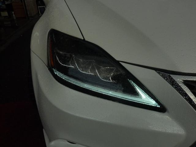 3眼LEDヘッドライトもちろんしっかり点灯します♪Lラインはデイライト点灯します♪