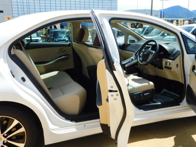 S Cパッケージ ワンオーナー車 フルセグ内蔵メモリーナビ バックモニター LEDヘッドライト キーフリー 走行距離25,923km(11枚目)