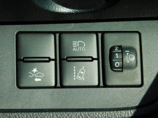 X ワンオーナー車 フルセグ内蔵メモリーナビ バックモニター ETC 左側パワースライドリヤドア シートヒーター付(運転席/助手席) キーレス 走行距離35,745km(26枚目)