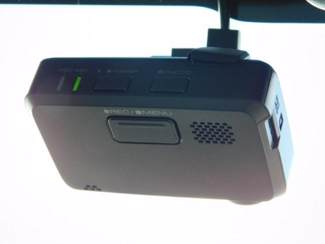 JスタイルIII ワンオーナー車 フルセグ内蔵メモリーナビ シートヒーター付(運転席/助手席) ドライブレコーダー HIDヘッドライト キーフリー 走行距離60,161km(19枚目)