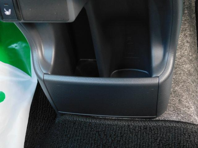 JスタイルIII ワンオーナー車 フルセグ内蔵メモリーナビ シートヒーター付(運転席/助手席) ドライブレコーダー HIDヘッドライト キーフリー 走行距離60,161km(31枚目)