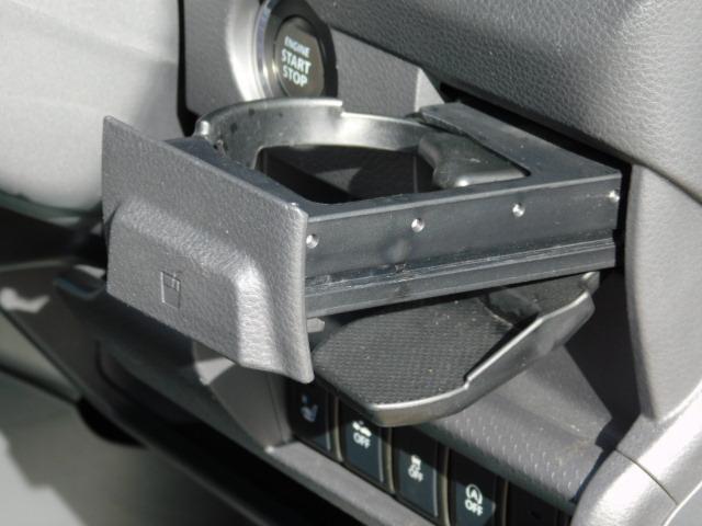 JスタイルIII ワンオーナー車 フルセグ内蔵メモリーナビ シートヒーター付(運転席/助手席) ドライブレコーダー HIDヘッドライト キーフリー 走行距離60,161km(32枚目)