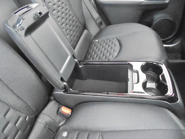 トヨタ プリウスPHV A モデリスタエアロ 登録済み未使用車 全国保証