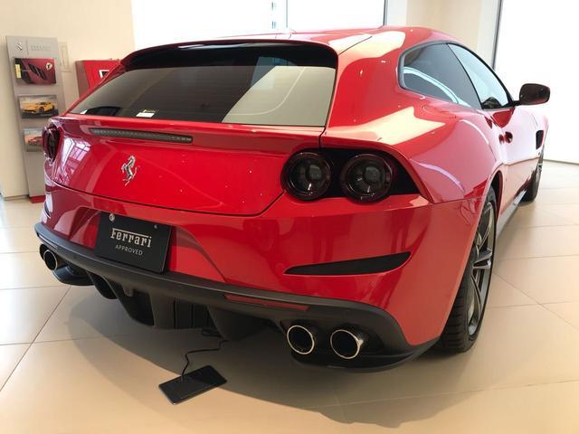 フェラーリ・ファイナンスローンを取り扱っております。残価設定型プランにて37回のお支払いですと75%の据置が可能となります。詳細は販売店スタッフまでお気軽にお問合せ下さいませ。