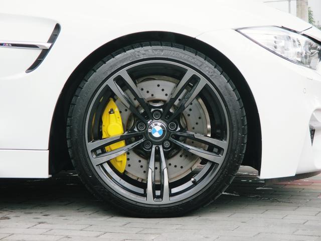 BMW BMW M4クーペ DCT 鍛造ブラック19AW マフラー ウイング