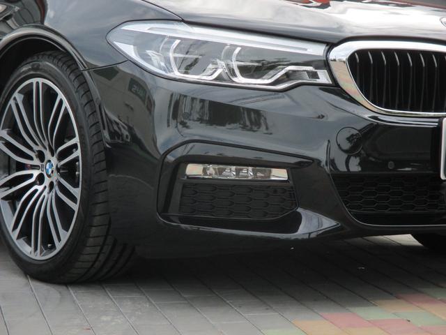 BMW BMW 530i Mスポーツ ブラックレザーシート LEDデイライト