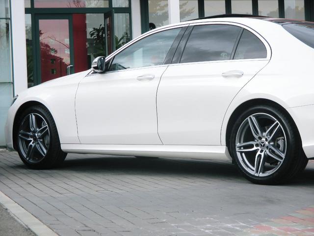 AGILITY CONTROLサスペンション タイヤサイズ:フロント245/40R19 リア275/35R19 後輪駆動(FR)