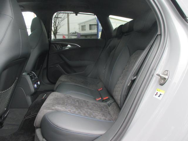 「アウディ」「アウディ RS6アバント パフォーマンス」「ステーションワゴン」「福岡県」の中古車29