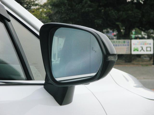 RX450h Fスポーツ AWD ルーフレール+パノラマルーフ アダプティブハイビーム インテリジェントクリアランスソナー 寒冷地仕様 パノラミックビュー BSM おくだけ充電 セカンド電動シート+ヒーター TOM'Sエアロ(19枚目)