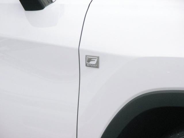 RX450h Fスポーツ AWD ルーフレール+パノラマルーフ アダプティブハイビーム インテリジェントクリアランスソナー 寒冷地仕様 パノラミックビュー BSM おくだけ充電 セカンド電動シート+ヒーター TOM'Sエアロ(20枚目)