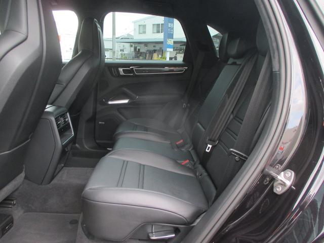 「ポルシェ」「カイエン」「SUV・クロカン」「福岡県」の中古車34
