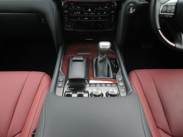 LX570 リヤシートエンターテインメント オプション21AW ドライブレコーダー ガーネットセミアニリンレザー ムーンルーフ 寒冷地仕様 パワーバックドア クールボックス 三眼LEDライト パノラミックビュー(69枚目)