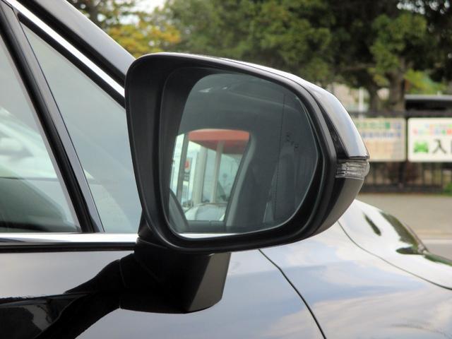 RX450h バージョンL パノラマルーフ ルーフレール おくだけ充電 セミアニリンブラックレザーシート パノラミックビュー ブラインドスポットモニター 三眼フルLEDライト ヘッドアップディスプレイ 後席パワーシート(16枚目)