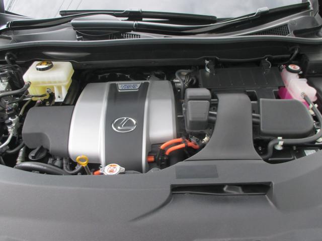 RX450h バージョンL パノラマルーフ ルーフレール おくだけ充電 セミアニリンブラックレザーシート パノラミックビュー ブラインドスポットモニター 三眼フルLEDライト ヘッドアップディスプレイ 後席パワーシート(80枚目)