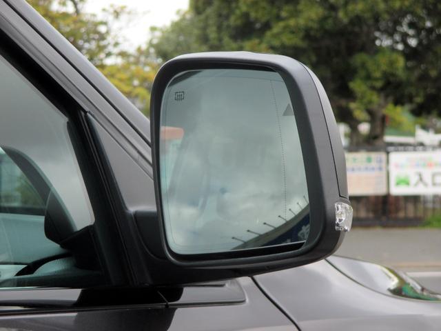 トレイルホーク 152台限定車 74台限定カラー スエードインサートレザーシート シートベンチレーション 専用18インチホイール ブラックボンネットデカール 純正ナビ 地デジTV フロントサイドバックカメラ(20枚目)