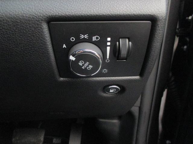 トレイルホーク 152台限定車 74台限定カラー スエードインサートレザーシート シートベンチレーション 専用18インチホイール ブラックボンネットデカール 純正ナビ 地デジTV フロントサイドバックカメラ(54枚目)