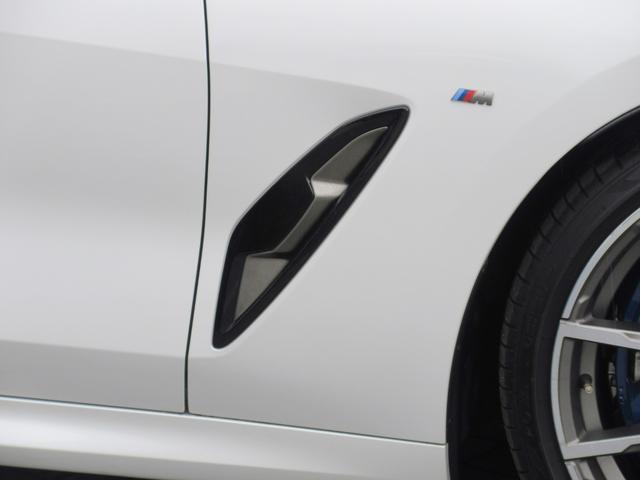M850i xDrive グランクーペ 電動パノラマガラスサンルーフ エクステンドレザーメリノ(コニャック)アダプティブMサスペンションプロフェッショナル Mライトアロイ20インチAW ハーマンカードン(12枚目)