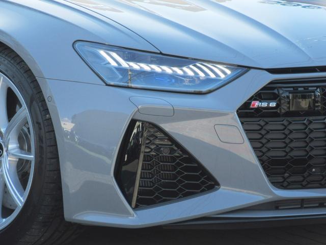 ベースグレード ブラックスタイリングPKG RSスポーツサスペンション RSスポーツエキゾースト 純正21インチAW バング&オルフセン バルコナレザーシート シートヒーター&ベンチレーション(5枚目)