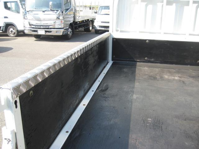 Wキャブ 全低床 カスタムメッキ リヤヒーター 最大積載1500Kg 走行10000Km(8枚目)