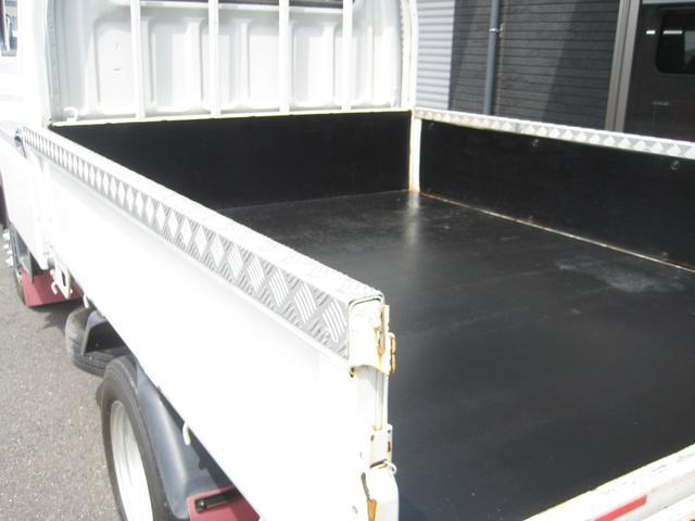 Wキャブ カスタムメッキ 積載1500Kg 荷台鉄板張り(7枚目)