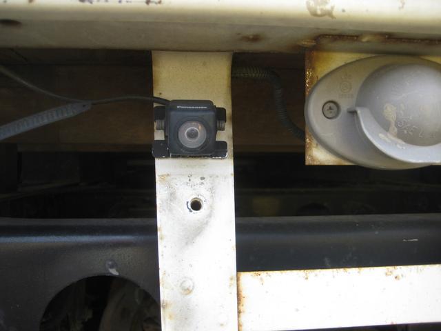 Wキャブ カスタムメッキ 積載1500Kg 荷台鉄板張り(24枚目)