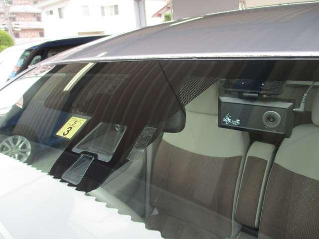 M e-アシスト 衝突軽減ブレーキ三菱認定中古車保証1年付 オートエアコン ベンチシート ABS キーレスエントリー 寒冷地仕様 横滑り防止 記録簿 エアバック アイドリングストップ搭載 衝突回避支援 Sヒータ(20枚目)