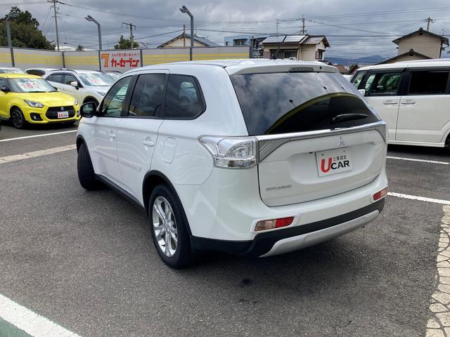 三菱の中古車保証は全国の三菱ディーラーで対応します。