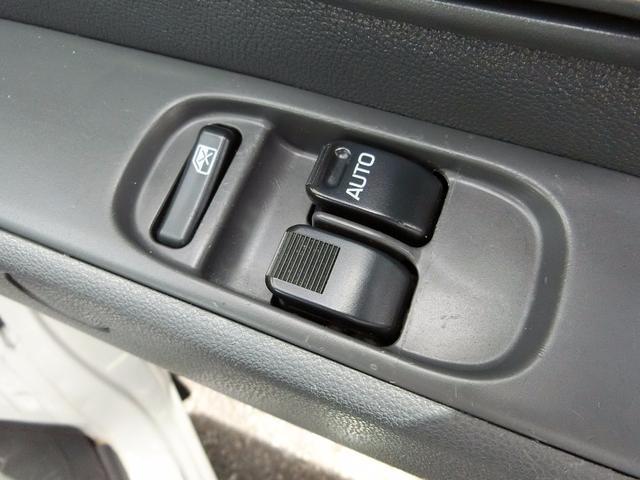 ダイハツ ハイゼットカーゴ DX オートマ 4WD 両側スライドドア パワーウインドウ