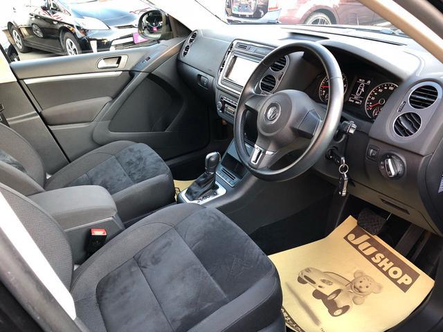 フォルクスワーゲン VW ティグアン TSIブルーモーションテクノロジー ナビ フルセグ Bカメラ