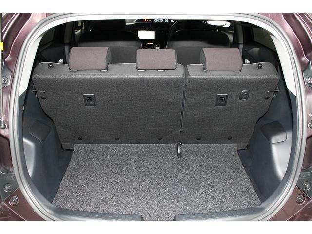 トヨタ アクア G 衝突回避安全装置付