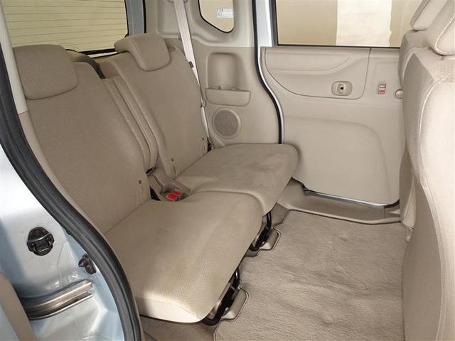 人の触れるシートは念入りに清掃・消臭を実施しております。