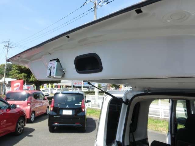 カスタムT アラウンドビューモニター アルミ スマ-トキ- ターボ ナビTV メモリーナビ ABS CDデッキ 両側PSドア 盗難防止システム 1オナ DVD ベンチシート ワンセグTV 横滑り防止装置(15枚目)