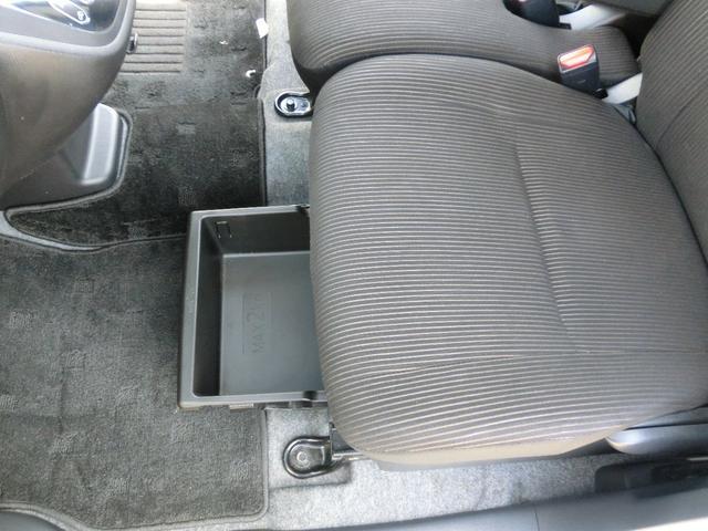 カスタムT アラウンドビューモニター アルミ スマ-トキ- ターボ ナビTV メモリーナビ ABS CDデッキ 両側PSドア 盗難防止システム 1オナ DVD ベンチシート ワンセグTV 横滑り防止装置(50枚目)